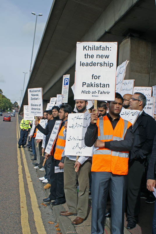 Hizb ut-Tahrir lead protest of hundreds against Musharraf Rally in Birmingham