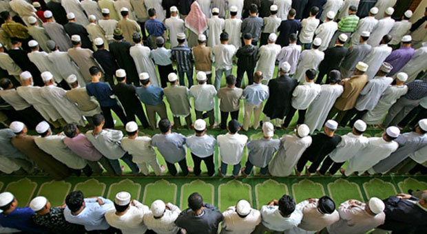 muslim-prayer-rows