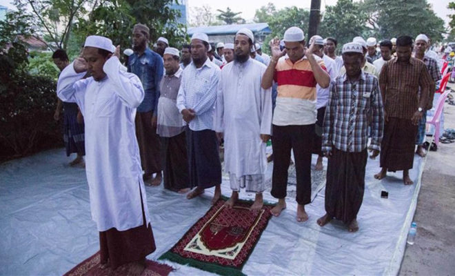 Muslims praying in Myanmar